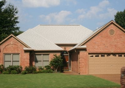 Shasta White Owens Corning Shingle roof